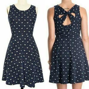 Modcloth Doe & Rae Swan Dress
